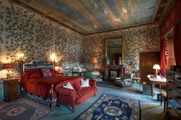 Eastnor Castle Queens Bedroom and painted ceiling