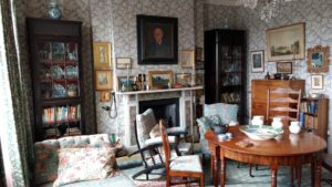 Emery Walker's House Drawing Room, pottery and painting