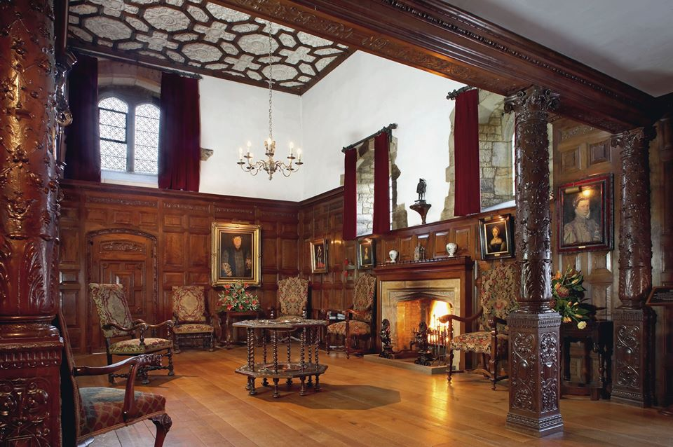 Hever Castle chandelier and fireplace