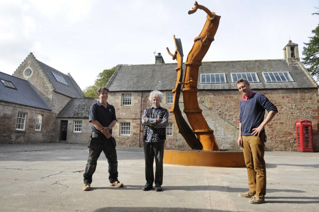 Marchmont House - Sculptor Charlie Poulsen and Hugo Burge - Colin Hattersley Photography