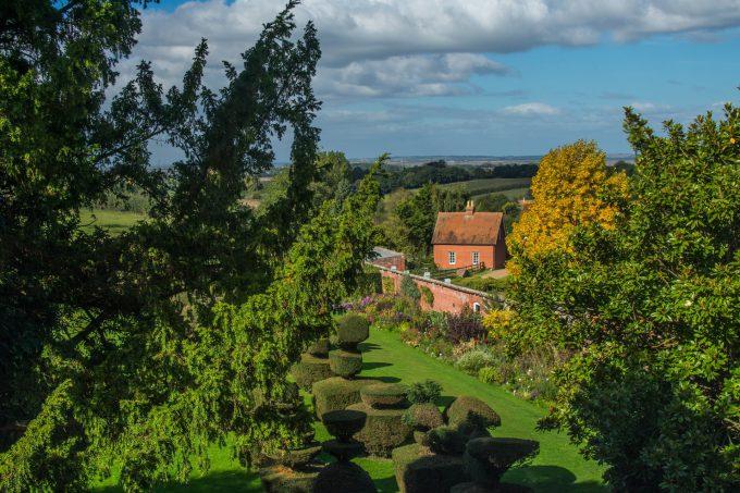 Mount Ephraim Gardens topiary