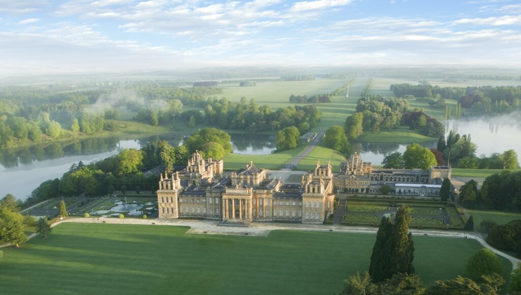 Blenheim Palace in the mist