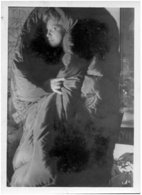 Leonor Fini in eiderdown, New York, late